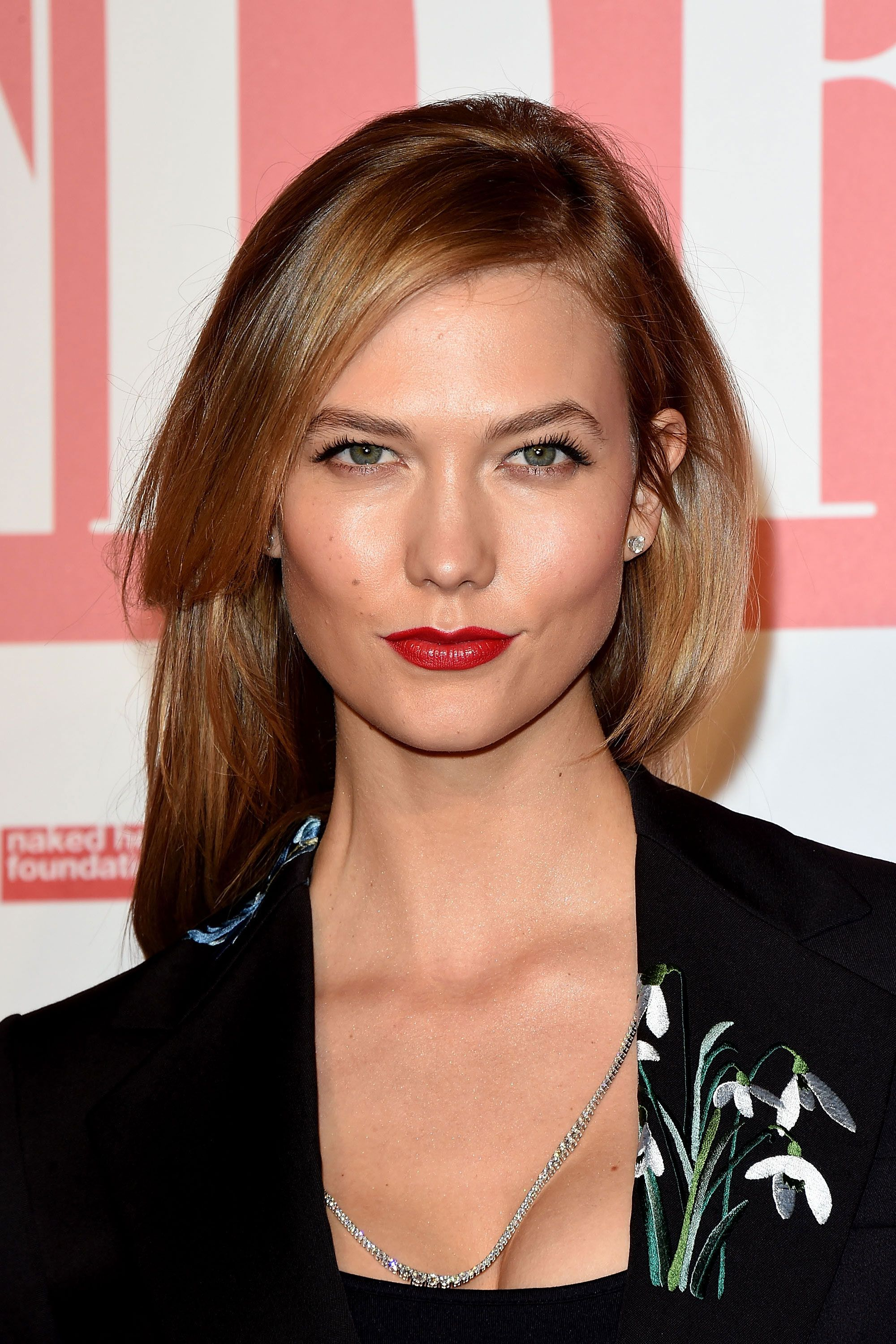 medium straight formal hairstyle with side swept bangs light