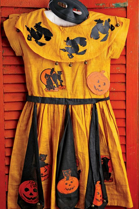 "<p>Prior to the late&nbsp;1940s, Halloween costumes, like this circa 1917 frock, were&nbsp;homemade. These days, the market&nbsp;prices can start&nbsp;at $75 for basic vintage costumes in mint&nbsp;condition and go as high as $1,500&nbsp;for ones based on cartoon characters, television&nbsp;stars, or political subjects.&nbsp;</p><p><span data-redactor-tag=""span"" data-verified=""redactor""></span></p>"