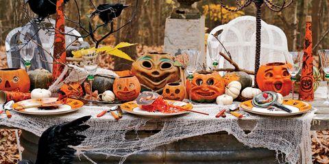 Squash, Calabaza, Vegetable, Orange, Winter squash, Pumpkin, Jack-o'-lantern, Produce, Serveware, Gourd,