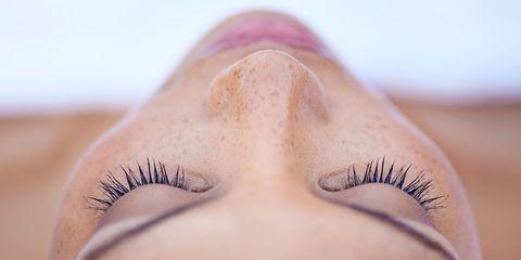 Eyelash, Eyebrow, Skin, Eye, Face, Close-up, Eyelash extensions, Nose, Beauty, Organ,