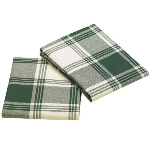 "<p>Can't commit to a whole house of plaid? Just try swapping in your bed's pillowcases for a handsome hunter green pattern. ($12.95/set of 2; <a href=""http://www.ocm.com/ocm/bedding_and_bath/dorm_bedding/pillowcases/Hunter_Plaid_College_Classic_Pillowcase_Set-145284"" target=""_blank"" data-tracking-id=""recirc-text-link"">ocm.com</a>)</p>  <p><strong data-verified=""redactor"" data-redactor-tag=""strong"">RELATED: <a href=""http://www.redbookmag.com/home/decor/advice/g149/comfortable-home-ideas/"" target=""_blank"" data-tracking-id=""recirc-text-link"">20 Ways to Cozy Up Your Home Before the Cold Weather Comes</a><a href=""http://www.redbookmag.com/home/decor/advice/g149/comfortable-home-ideas/""></a></strong></p>"