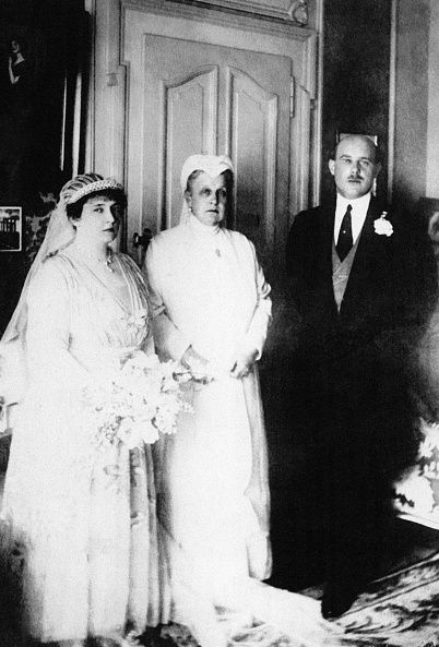 <p>Nonie May Stewart Worthington Leeds  was an American heiress and married Prince Christopher of Greece in February 1920.</p>