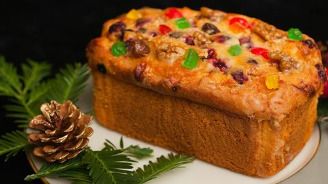 <p>You would think that a cake made with dried fruit soaked in booze would be good, right? It's not. </p>