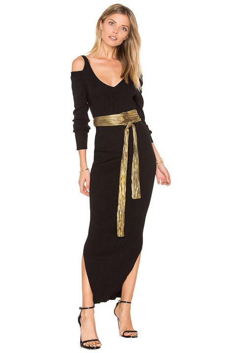 Sleeve, Shoulder, Dress, Standing, Joint, Elbow, Waist, Formal wear, One-piece garment, Day dress,
