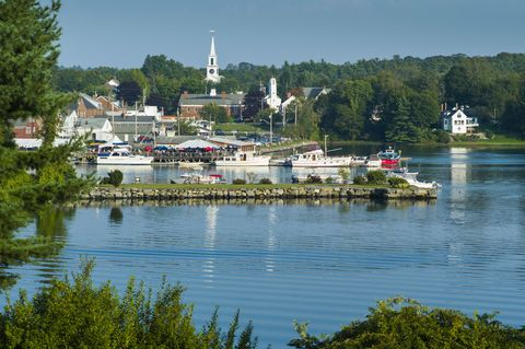 "<p><a href=""https://www.tripadvisor.com/Tourism-g40586-Damariscotta_Maine-Vacations.html"" target=""_blank"">This boating and fishing community</a> located on the salty Damariscotta River will have you wondering why river towns aren't more popular. The shores are lined with oyster shells that historians say are from Native American gatherings 2,500 years ago. Cool, no? </p>"