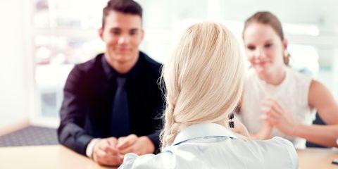 Hair, Finger, People, Hand, Job, Collaboration, Conversation, Employment, White-collar worker, Blond,