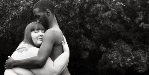 Human, Shoulder, Monochrome photography, Chest, Elbow, Interaction, Barechested, Black-and-white, People in nature, Muscle,