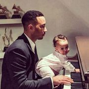 Musical instrument, Musician, Pianist, Keyboard, Suit, Formal wear, Tie, Serveware, Musical instrument accessory, Keyboard player,