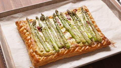 "<p>Show off your #skillz with this gorg breakfast tart.</p><p>Get the recipe from&nbsp;<a target=""_blank"" href=""http://www.delish.com/cooking/recipe-ideas/recipes/a47128/bacon-asparagus-tart-recipe/"">Delish</a>.</p>"