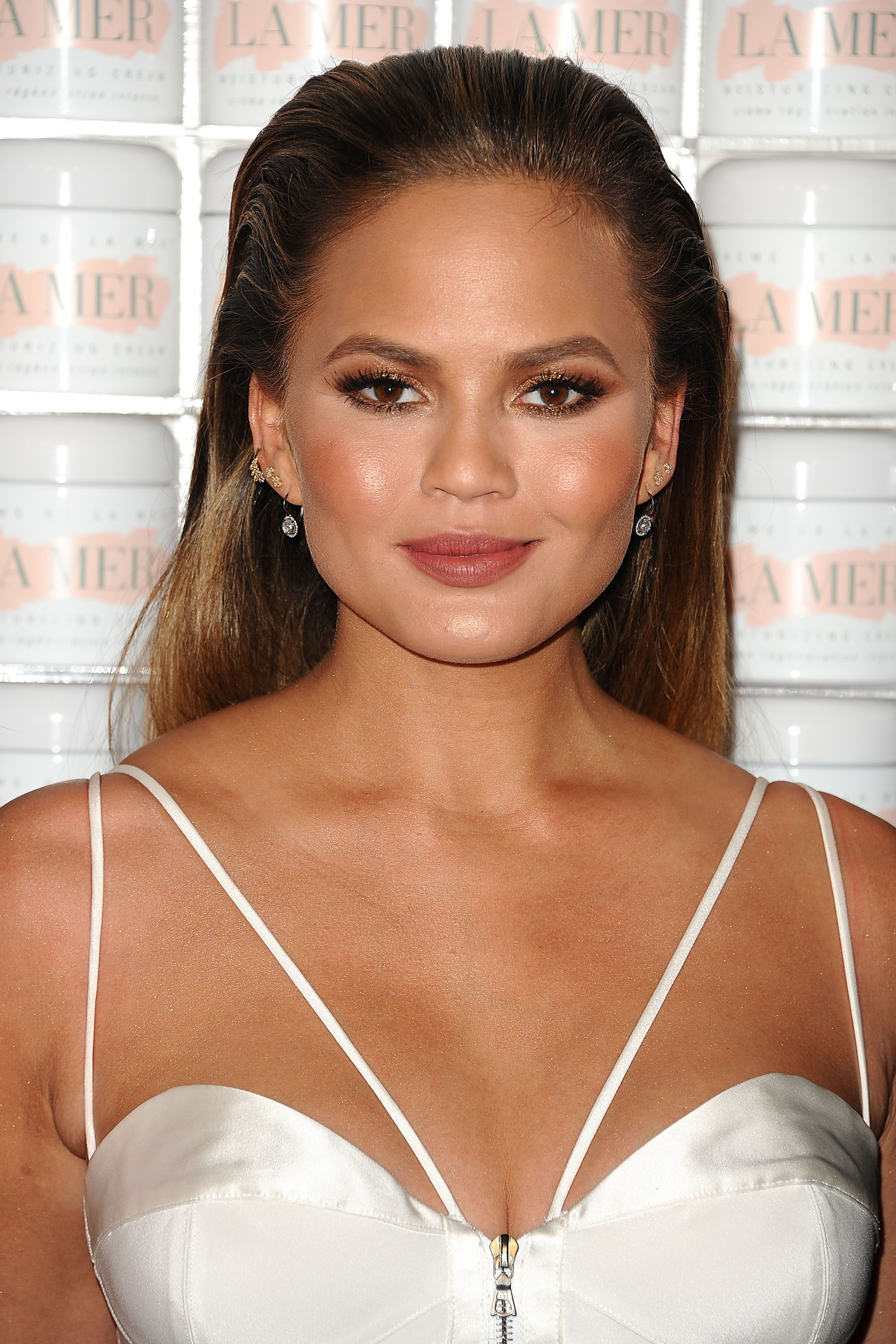 Hairstyles for Round Faces Best Haircuts for Round Face Shape