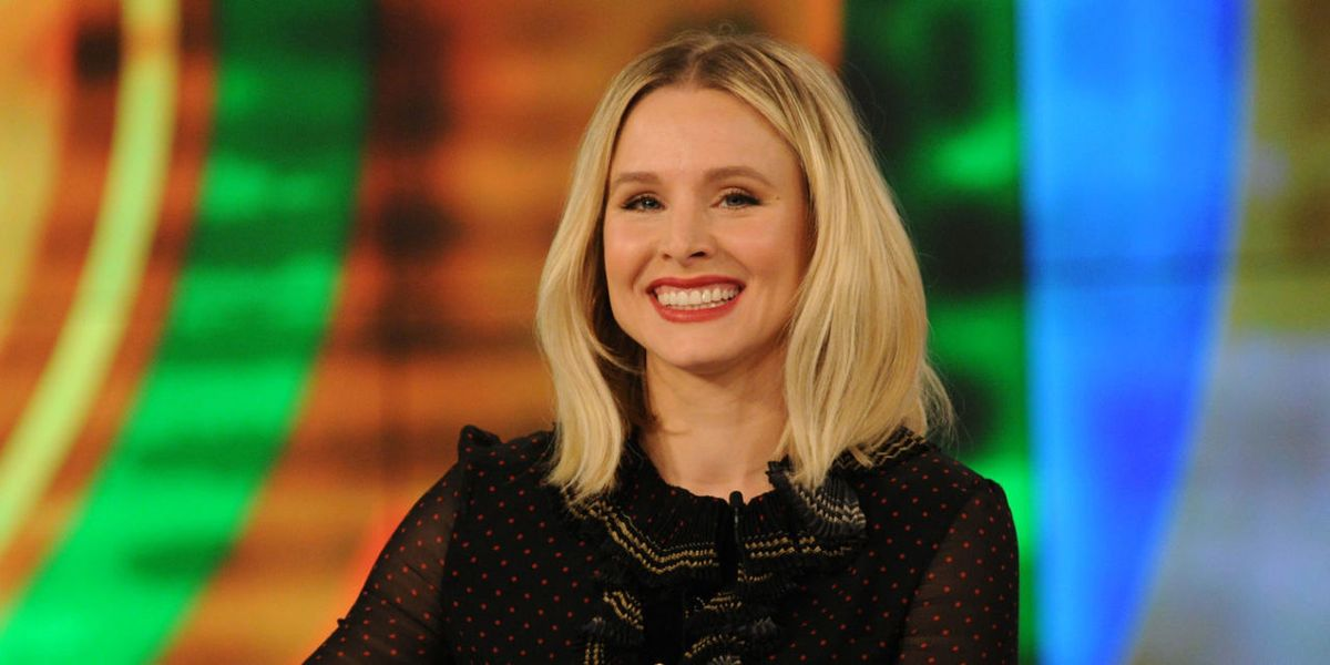 Kristen Bell Captures Dax Shepard and Daughters Serious
