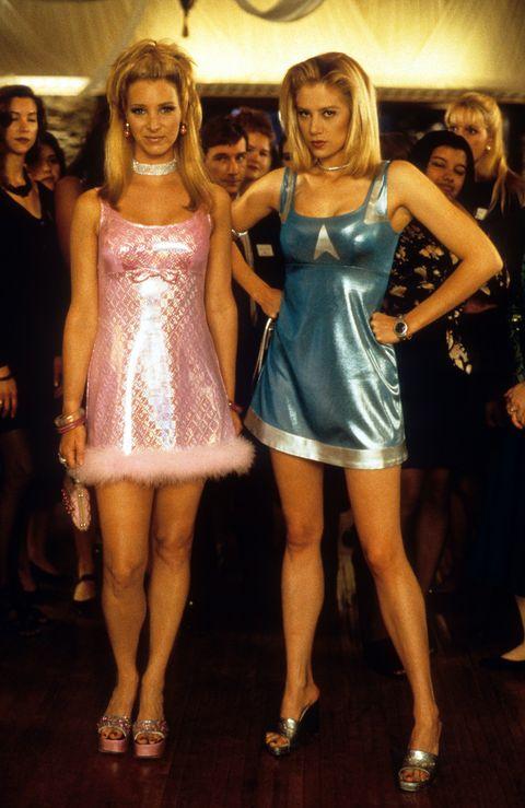 Clothing, Fashion, Dress, Beauty, Cocktail dress, Leg, Blond, Fun, Event, Model,
