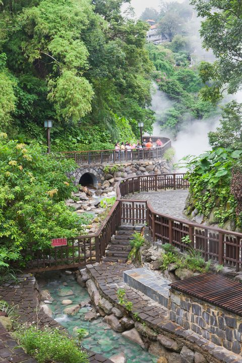 Why You Should Get Naked On Vacation - Hot Springs In Taipei-7550