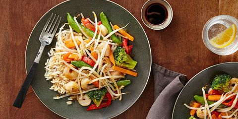 Dish, Food, Cuisine, Salad, Ingredient, Pad thai, Chop suey, Vegetable, Produce, Stir frying,