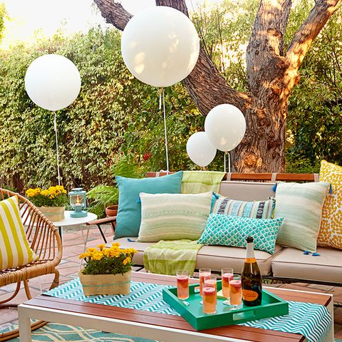 backyard party ideas and decor - 14 Best Backyard Party Ideas For Adults - Summer Entertaining Decor