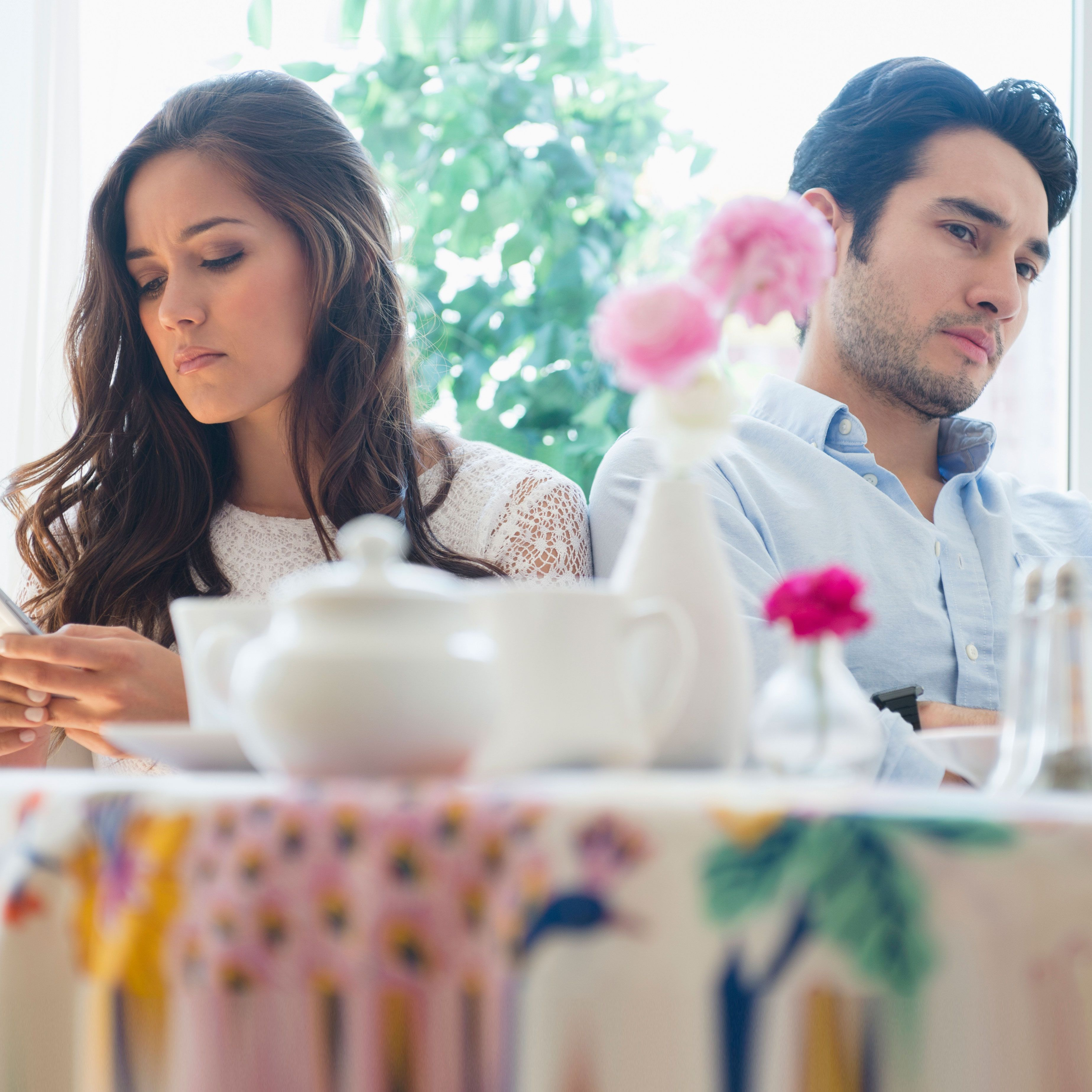 33 Relationship Problems and How to Fix Them - How to