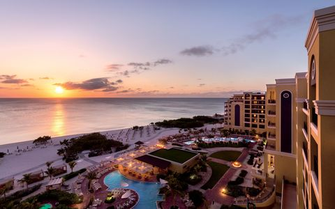 Sky, Horizon, Sea, Coast, Resort, Town, Vacation, Shore, Ocean, Beach,