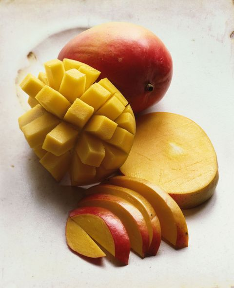 <p>One fruit has 50 grams of carbs. That said, half of one also packs an entire day's supply of Vitamin C.</p>