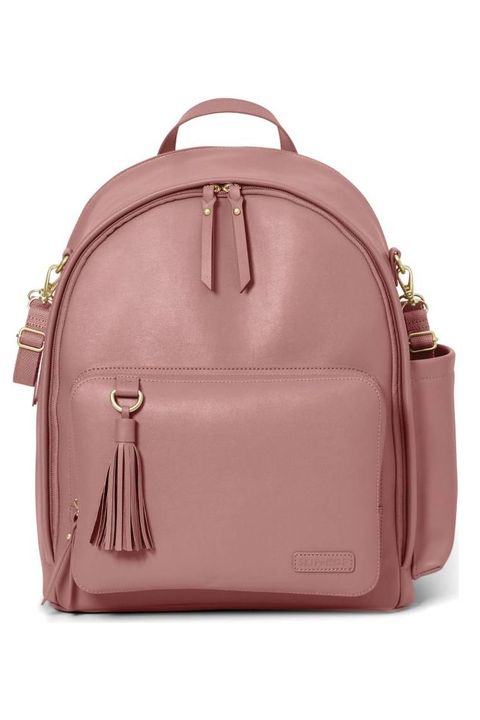 "<p><em data-redactor-tag=""em""><span class=""redactor-unlink"" data-verified=""redactor"" data-redactor-tag=""span"" data-redactor-class=""redactor-unlink"">Greenwich Simply Chic Diaper Backpack</span>, SKIP HOP (Available at Nordstrom), $100</em></p><p><a href=""http://shop.nordstrom.com/s/skip-hop-greenwich-simply-chic-diaper-backpack/4651077"" class=""body-btn-link"" target=""_blank"">BUY NOW</a></p>"