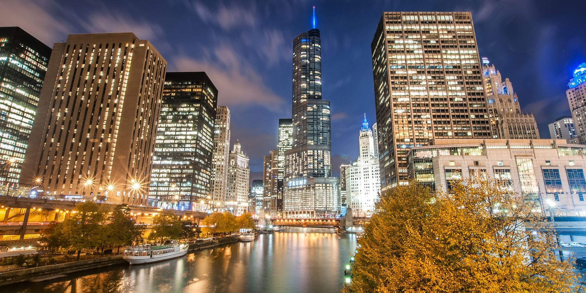 <p>Flights to Chicago have a median price of $210.</p>