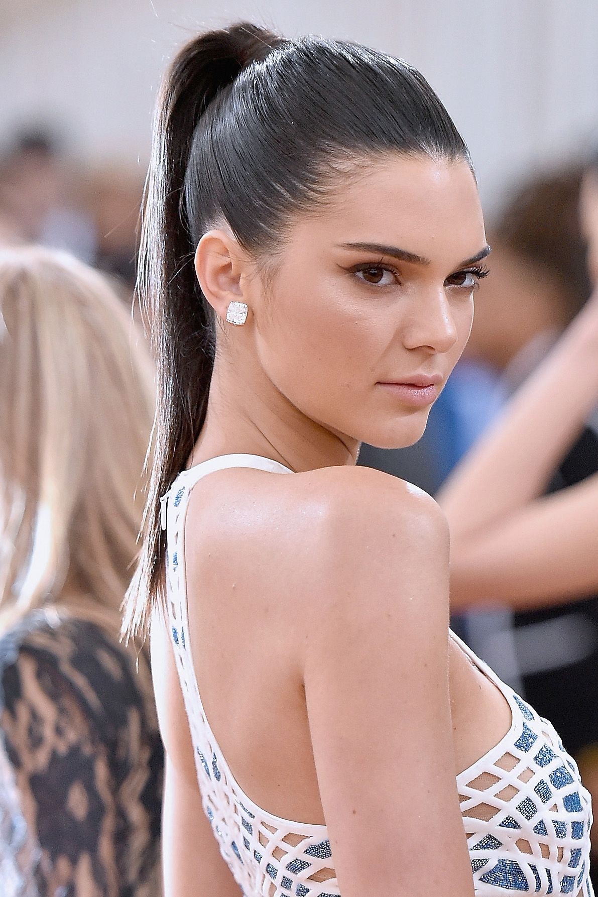 32 Best Hairstyles For Women 2018 New Celebrity Haircut