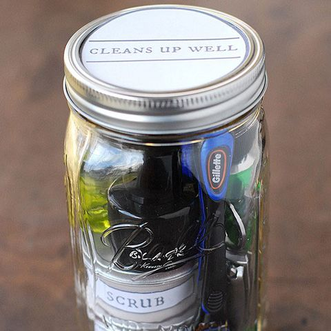 28 diy mason jar gift ideas homemade gifts in mason jars image solutioingenieria Gallery
