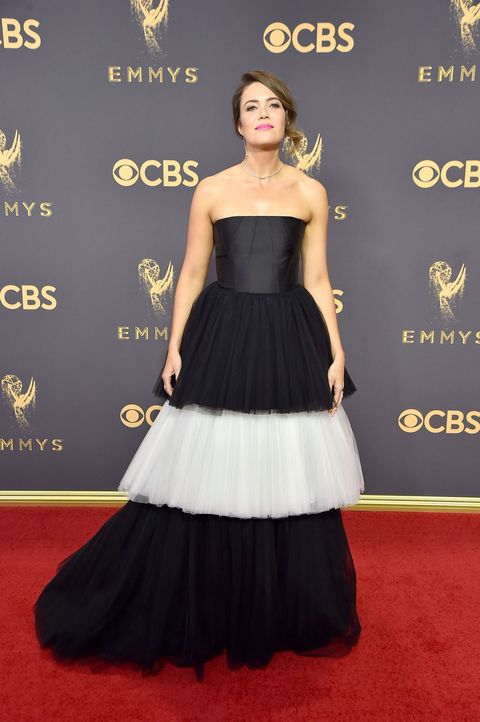 <p>Twitter was divided on this, but we're very much in favor of the frivolity. Because for all this dress's eye-catching volume, it still gives her a platform on which to stand and shine (rather than the other way around). Throw in that perfect lipstick, and it's an ace.</p>