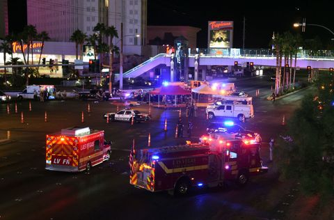 Night, Transport, Light, Lighting, Mode of transport, Vehicle, Traffic, Emergency, Car, Emergency vehicle,