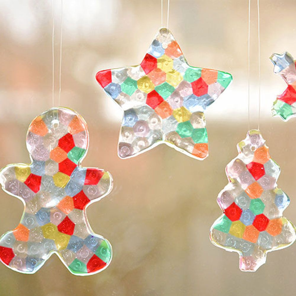 10 Easy Christmas Crafts for Kids - Holiday Arts and Crafts