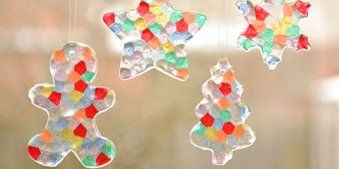 10 Easy Christmas Crafts for Kids - Holiday Arts and Crafts for Children
