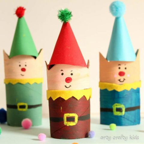d930fd1dac3d5 10 Easy Christmas Crafts for Kids - Holiday Arts and Crafts for Children