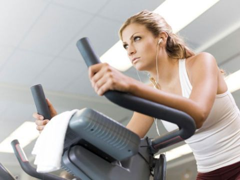 woman on stairmaster