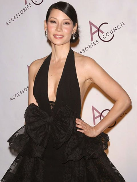 actress lucy liu in black dress at an event