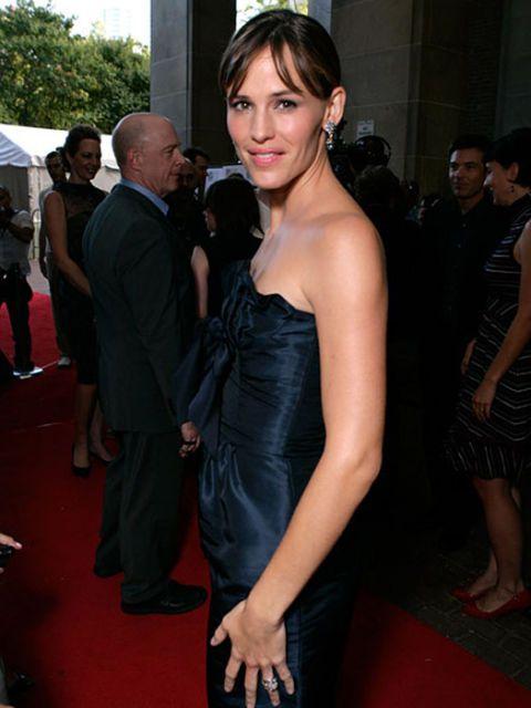 actress jennifer garner in strapless dress at an event