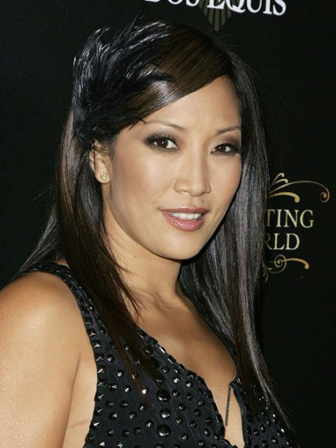 carrie ann inaba wearing hair feathers
