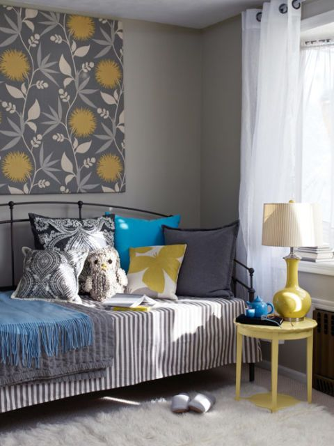 reading nook with daybed