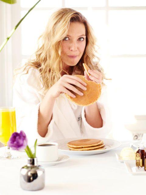 actress anna torv eating pancakes in a bathrobe