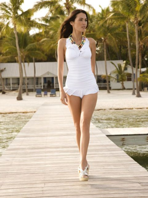 White Summer Fashion Trends Best White Clothes For Summer
