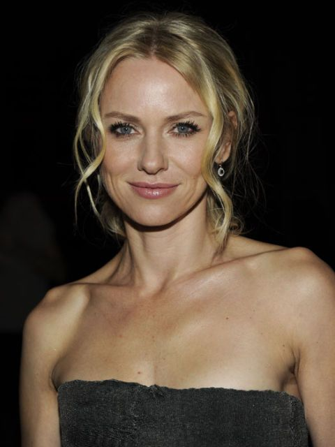 naomi watts with an updo