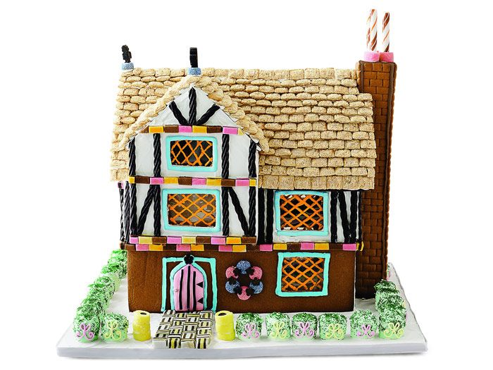 Gingerbread House Ideas   Modern Gingerbread House Designs