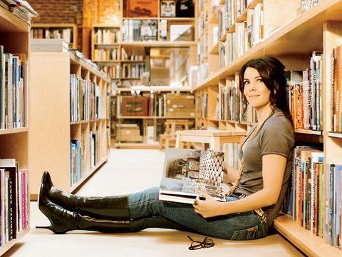 lauren graham in bookstore