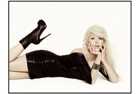 christina aguilera in black sequin dress
