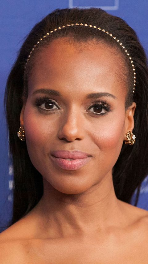Kerry Washington with hair in a headband