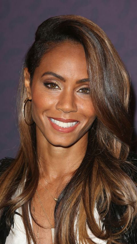jada pinkett smith with side parted curly hair