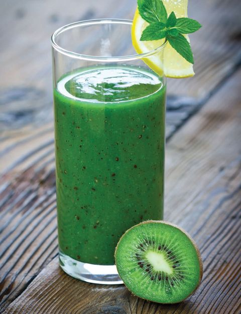 Green, Wood, Drink, Liquid, Leaf, Vegetable juice, Juice, Ingredient, Health shake, Aojiru,
