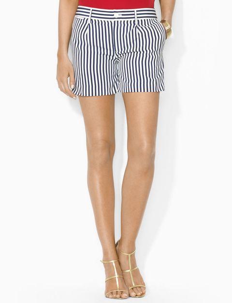 Brown, Human leg, Joint, Waist, Style, Toe, Foot, Knee, Fashion accessory, Tan,