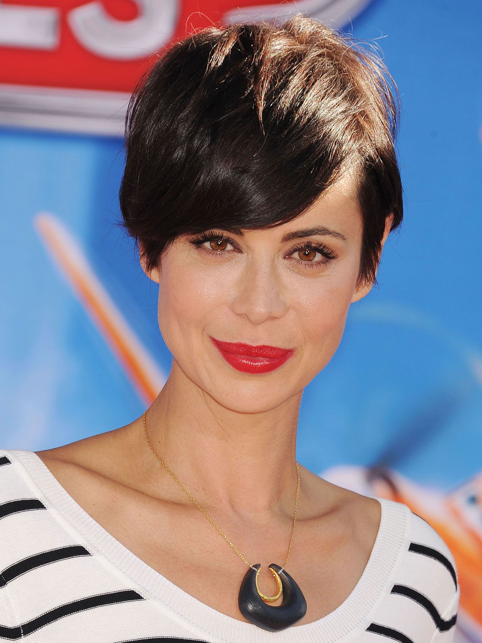 growing out short hair – hairstyles for growing out hair