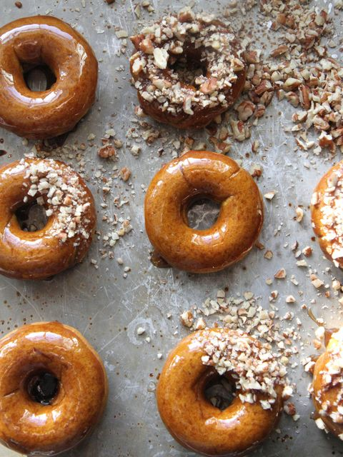 Baked pumpkin-maple donuts