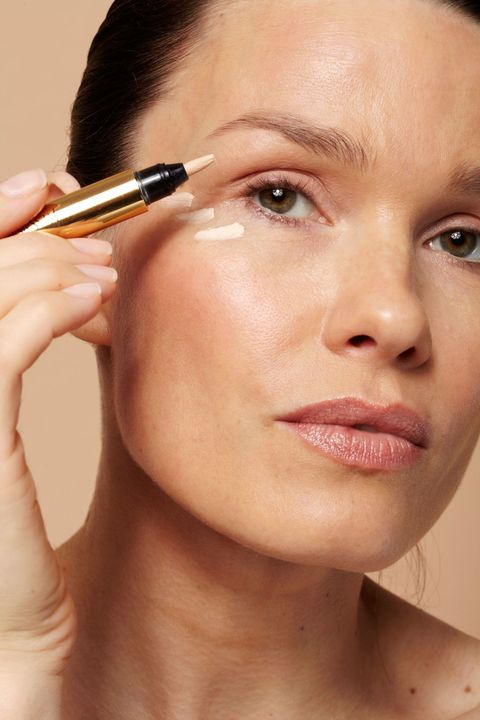 Makeup Techniques For Younger Eyes
