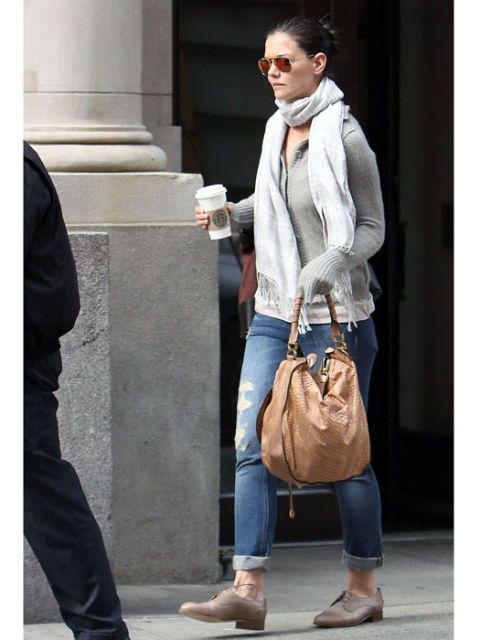 laid back fashion on katie holmes
